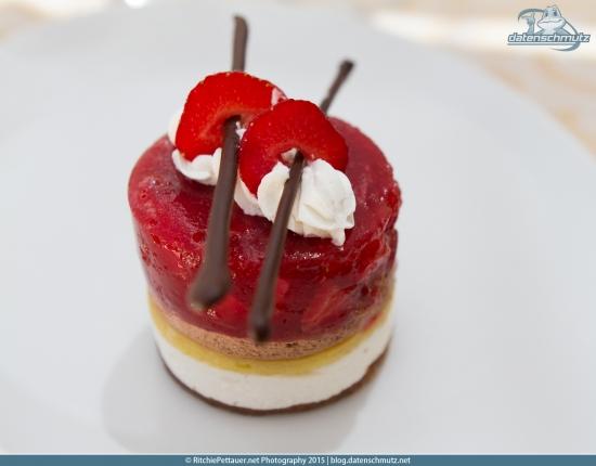 Strawberry Cake | Hotel Livada
