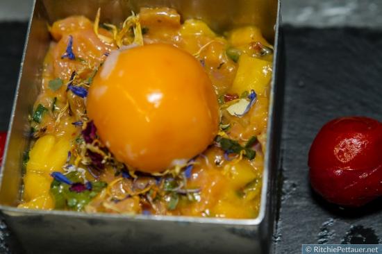 Lachstatar mit Mango